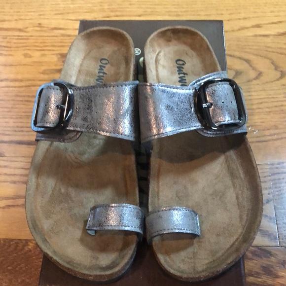 9d89b7644c28 Outwoods pewter sandals 7 medium